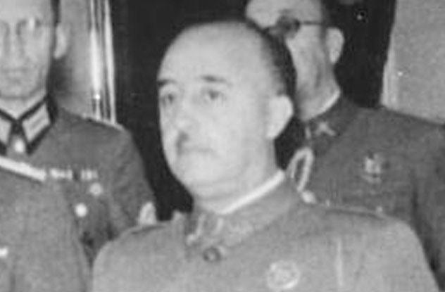 totalitarian regime hitler franco Adolf hitler francisco franco hideki tojo joseph stalin 2 totalitarianism vs authoritarianism 'authoritarian' refers to the structure of government rather than to society.