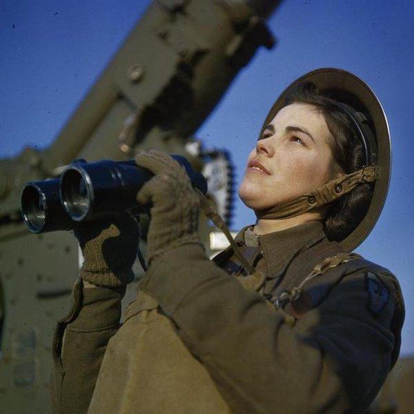 История,Великобритания,фото,война,общество, 1941-1945: Вторая мировая война в цвете