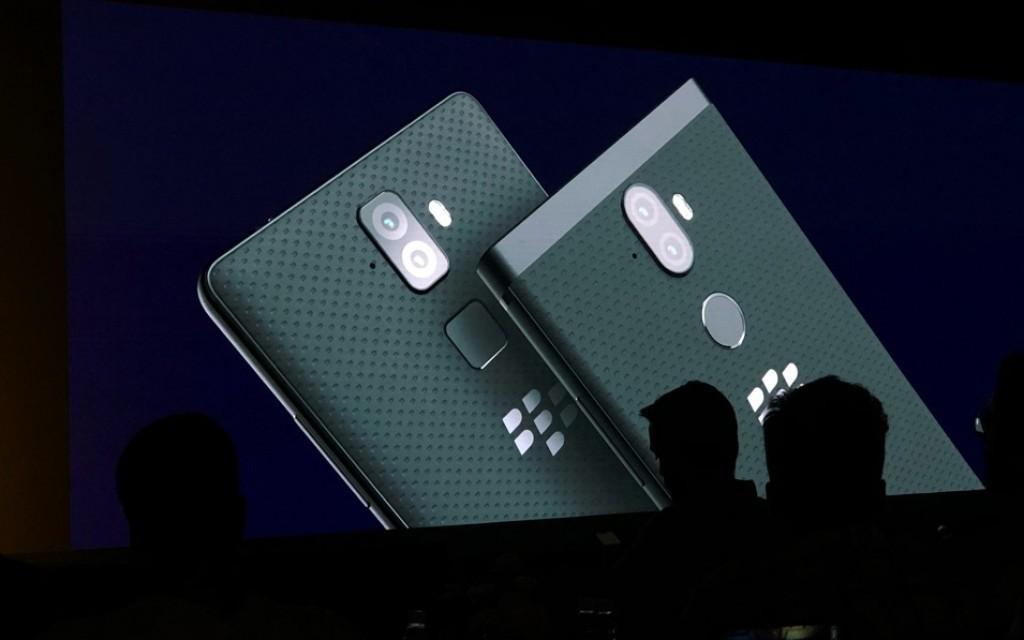 Первое впечатление от BlackBerry Evolve и Evolve X